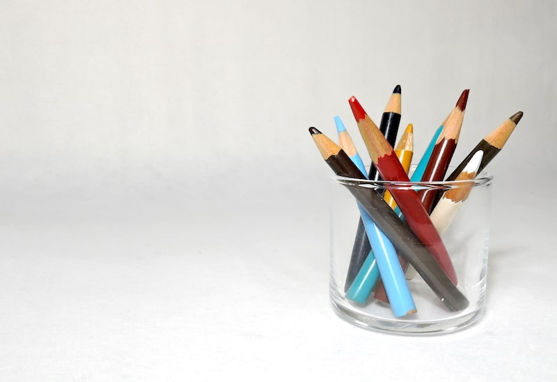 短い色鉛筆