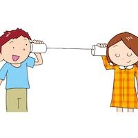 糸電話する子供