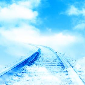 青空へ続く線路